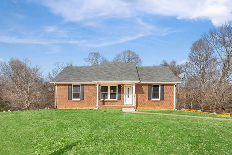Photo of 567 Briarwood Dr, Clarksville, TN 37040