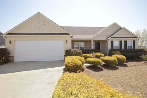 Photo of 321 Spring Hill Dr, Canton, GA 30115
