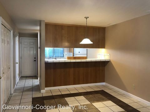 Photo of 444 W Second St, Cloverdale, CA 95425