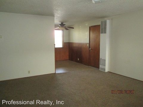 Photo of 140 Shell Ln, Winchester, OR 97495