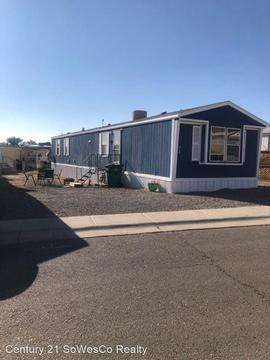 207 Robinson Ave, Aztec, NM 87410