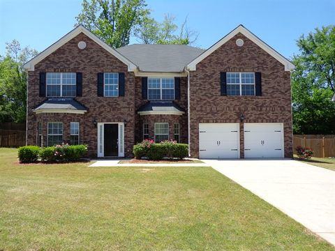 Photo of 3661 Morinda Dr, Douglasville, GA 30135