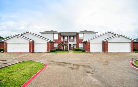 Photo of 5501 Sayle St, Greenville, TX 75402