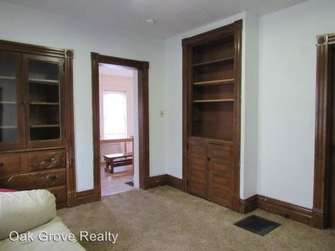 Photo of 399 S 6th St Apt 1-2, Indiana, PA 15701