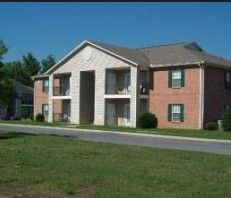 Photo of 1601 Green Ln, Shelbyville, TN 37160