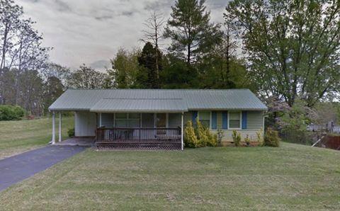 Photo of 2916 Chatham Dr, Johnson City, TN 37604