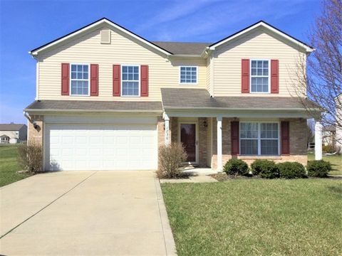 Photo of 1230 Highland Lake Way, Brownsburg, IN 46112