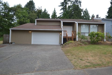 Photo of 2428 Sw 317th St, Federal Way, WA 98023