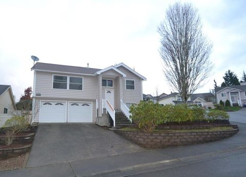 Photo of 13732 Se 275th Pl, Kent, WA 98042