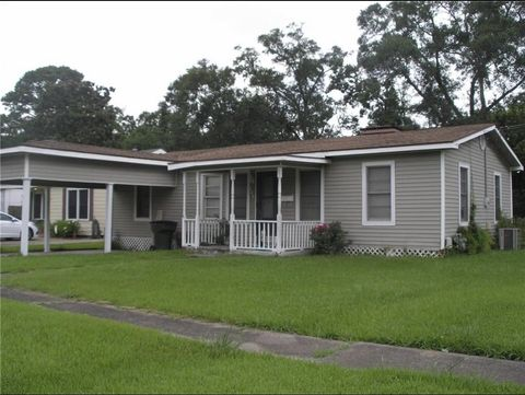 Photo of 146 Richard St, Lake Charles, LA 70601
