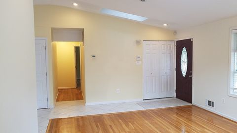 Photo of 501 Lamberton Dr, Silver Spring, MD 20902