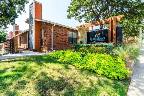 Photo of 4200 W Pleasant Ridge Rd, Arlington, TX 76016