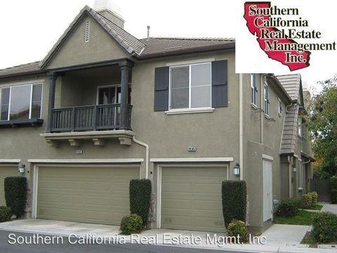 28385 Casselman Ln, Saugus, CA 91350