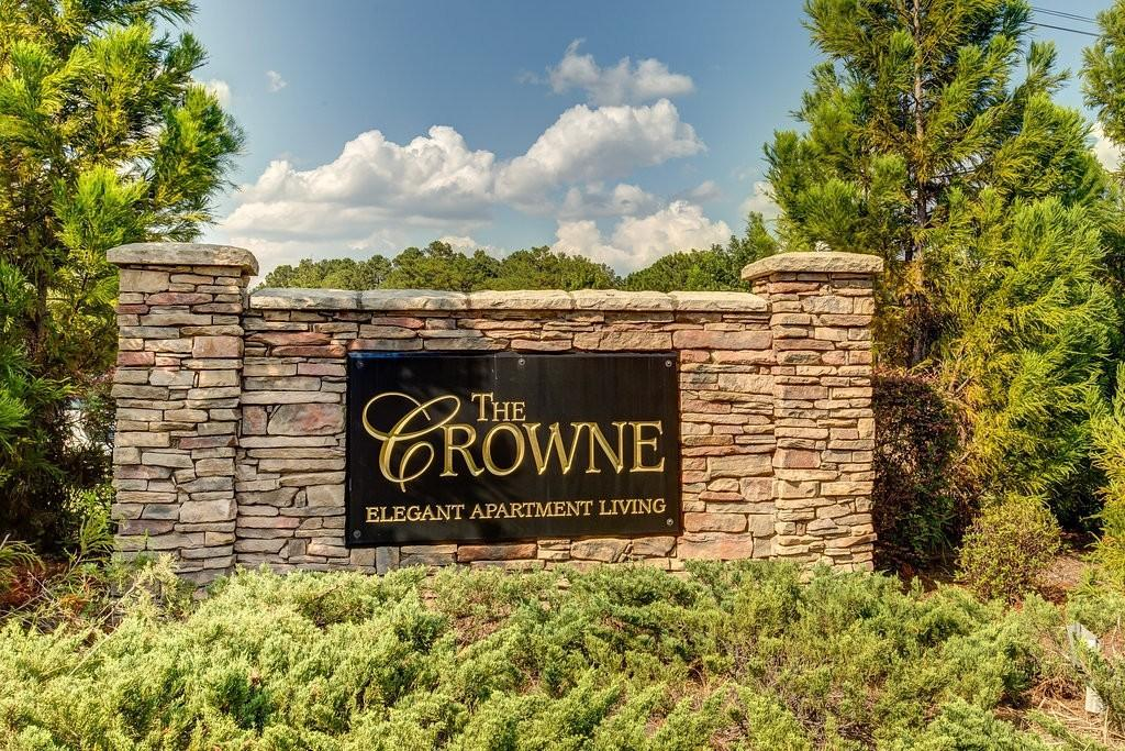 Crowne at Long Leaf Trace