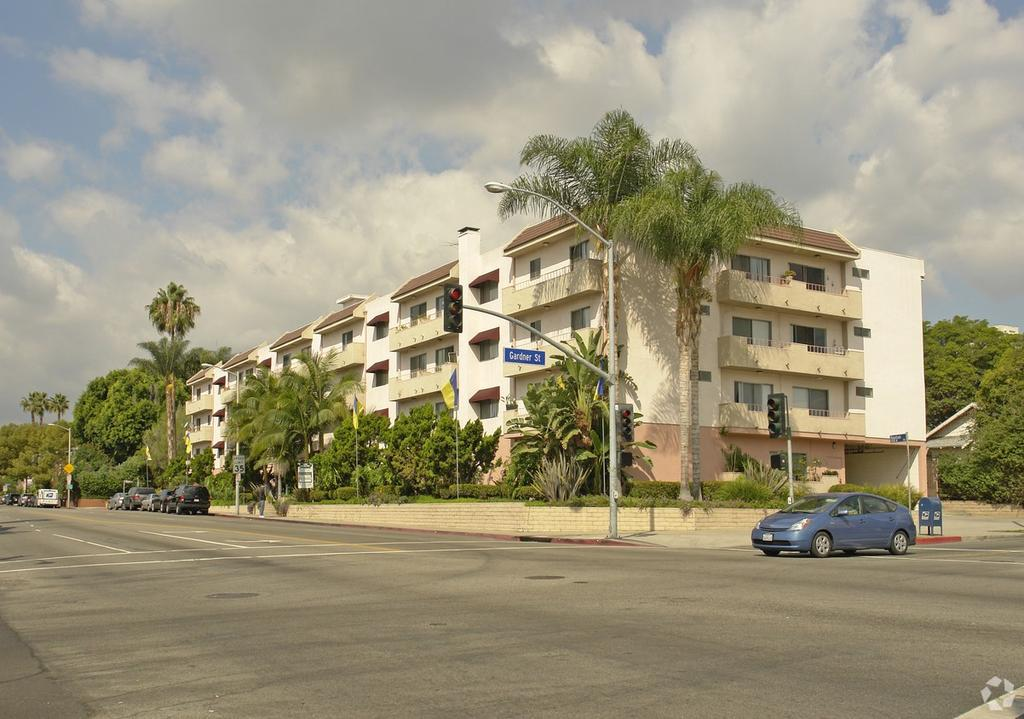 7513 Fountain Ave, Los Angeles, CA 90046