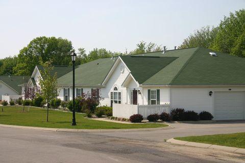 Photo of 200 Hermitage Hills Blvd, Hermitage, PA 16148