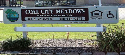 Photo of 455 W Division St, Coal City, IL 60416