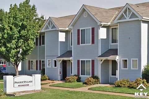Photo Of 1300 E 33rd Ave, Hutchinson, KS 67502. Apartment For Rent
