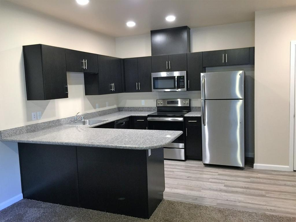 Sunrise Residences 2750 N Texas St Apartment For Rent