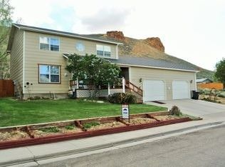 Photo of 2285 Hitching Post Dr, Green River, WY 82935