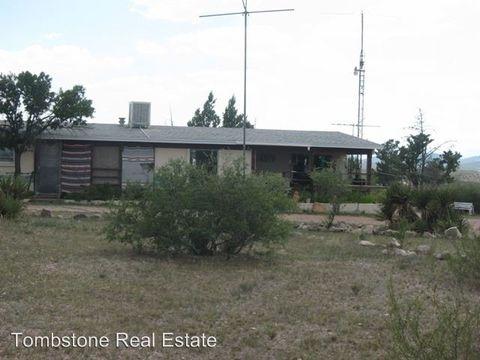 1621 N Marshal White Rd, Tombstone, AZ 85638