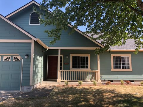 Photo of 2754 Chad Dr, Eugene, OR 97408