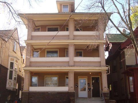 Photo of 134 N Butler St, Madison, WI 53703