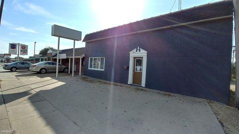 Photo of 1811 W 6th Ave, Emporia, KS 66801
