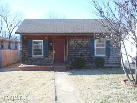 939 S Fort Ave, Springfield, MO 65806