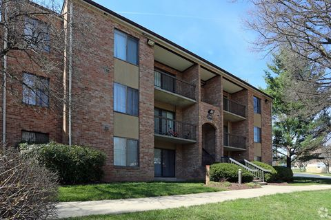 Photo of 17101 Queen Victoria Ct Apt 102, Gaithersburg, MD 20877