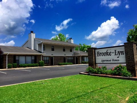 510 Brooke Lyn Dr, Pleasant Grove, AL 35127