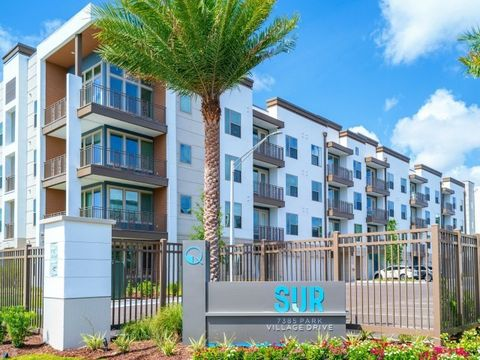 Photo of 7385 Park Village Dr, Jacksonville, FL 32256