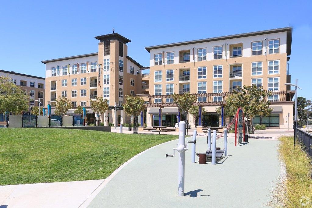 Bridgepointe Apartments Foster City