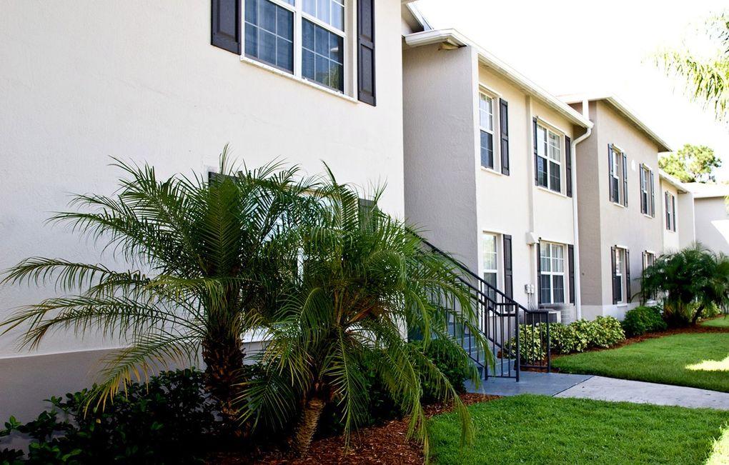 4885 38th Cir, Vero Beach, FL 32967
