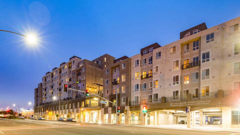 Photo of 6543 Mission Blvd, Daly City, CA 94014