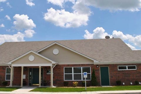 1200 Mallard Dr, Michigan City, IN 46360