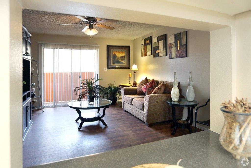 8135 N 35th Ave, Phoenix, AZ 85051