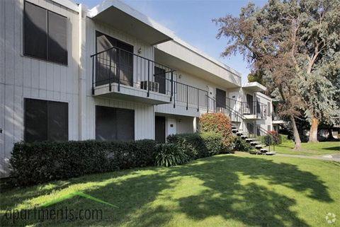Photo of 2506 Country Club Blvd, Stockton, CA 95204