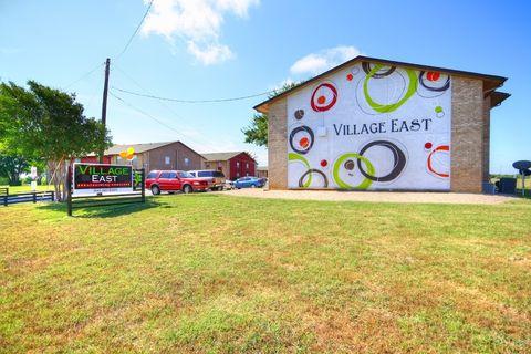 Photo of 1700 E Village Dr, Denton, TX 76209