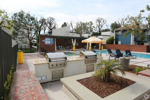 Photo of 516 S Indian Hill Blvd, Claremont, CA 91711