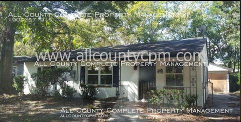 2112 Allandale Cir, Jacksonville, FL 32254