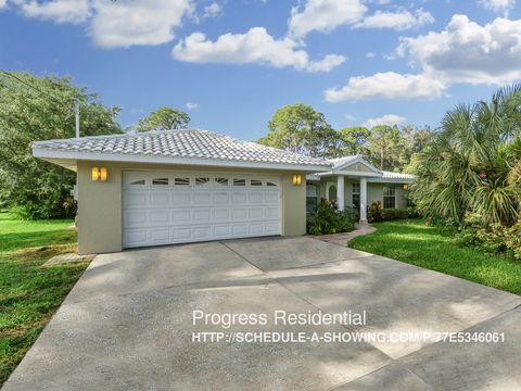200 Gulf Ave, Nokomis, FL 34275
