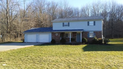 Photo of 5000 Maple Dr # 5000-5002, Vienna, OH 44473