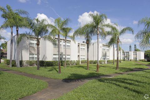 Photo of 5671 Washington St, Hollywood, FL 33023