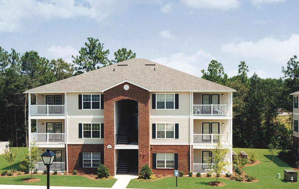 7959 Cottage Hill Rd, Mobile, AL 36695