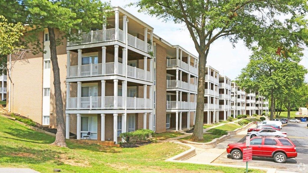4085 Warner Ave, Landover Hills, MD 20784