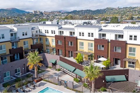 Photo of 195 Tamal Vista Blvd Apt 205, Corte Madera, CA 94925