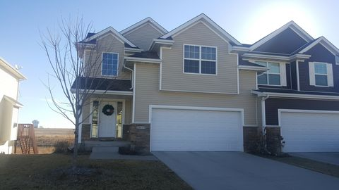 Photo of 2025 Se Parkview Crossing Dr, Waukee, IA 50263