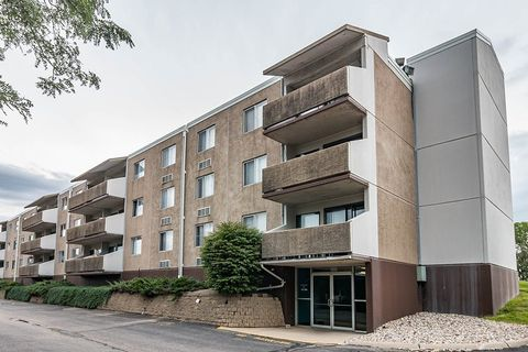 2300 Indian Hills Dr, Sioux City, IA 51104. Apartment For Rent