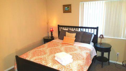 Photo of 248 E Washington Master Bedroom Blvd Apt 1, Pasadena, CA 91104